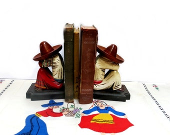 Mexican Themed Appliqued Tabletopper & Bookends Man Woman 1950s Vintage Handmade Linen Wood Carved Figures
