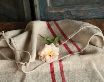 Nr. A 214:  antique FRENCH RED grain sack upholstery fabric 21.65 wide