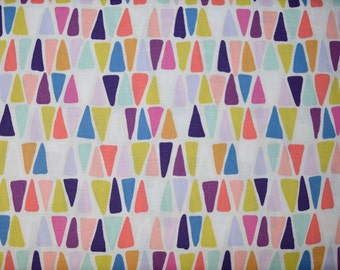 Triangulo Fabric from Alexander Henry
