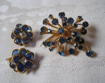 Vintage blue crystals brooch clip earrings, blue crystals starburst pin Avon flower earrings, blue crystal goldtone pin earrings set