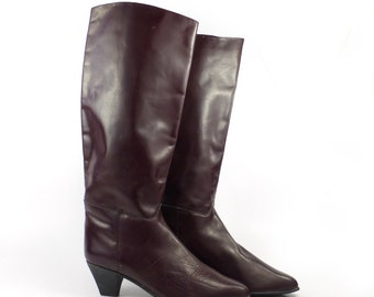 Charles David Boots Vintage 1980s Burgundy Leather  Women's size 7 1/2 B