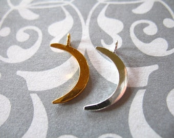 Shop Sale.. 1 5 10 pcs, Crescent Moon Charms Pendants, 24k Gold Vermeil or Sterling Silver, SMALL, 16x10.5 mm, astrology fantasy  art