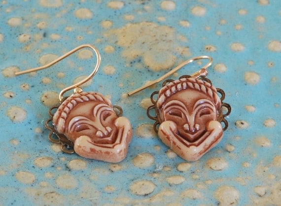 Charming Vintage Cabochon Face Earrings