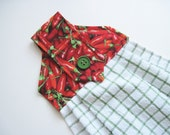 Hanging kitchen towel  button top Red Hot Peppers  Quiltsy handmade