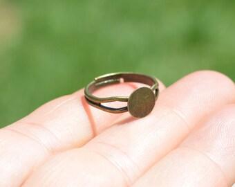 BUL 50 Antique Bronze Adjustable Ring Blanks F388