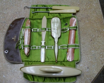 Manicure set, miscl. vanity items.  ca 1920s