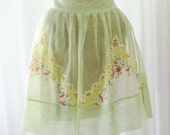Apron Pale Green Gauze Cotton Pleated Skirt Beautiful Handkerchief Front White Yellow Dainty Floral Front Invisible Pocket's What A Beauty!