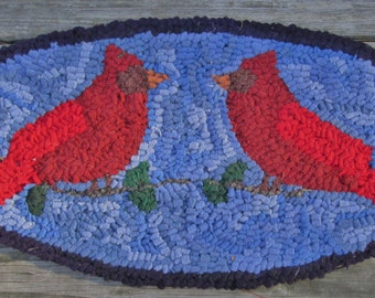 Oval Primitive Rug Hooking Kit PAIR OF CARDINALS  with #8 Cut Wool Strips