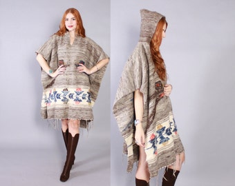 Vintage 70s PONCHO / 1970s Warm Ethnic BIRDS Wool Blanket Knit Cape with Hood