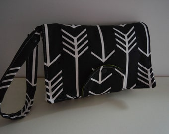 Arrows Nappy Wallet /Clutch New Design Fits all Wipes
