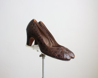1940s crocodile pumps / size 7