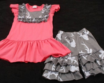 Deer Shorts Set