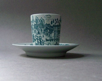 Vintage HOYRUP Demitasse Cup and Saucer ~ Limited Edition Nymolle Art Faience ~ Green & White ~ Denmark