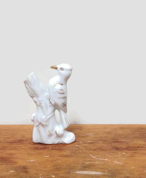 Vintage Woodpecker on Tree Trunk Figurine - White and Gold Bird - Made in Japan - Gift for Bird Lover