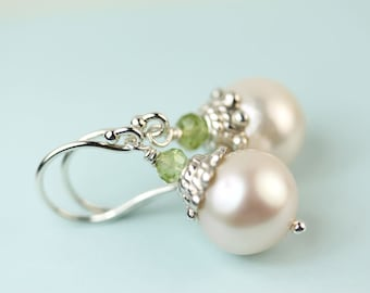 Pearl drop earrings with peridot Argentium silver French hooks by art4ear, free shipping in Canada, gift under 35 USD, pearl jewellery