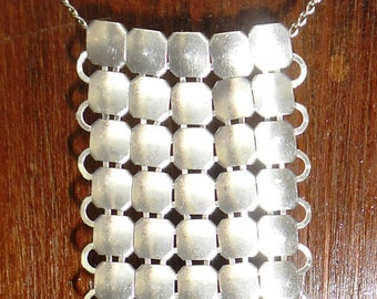 Steampunk/Victorian/Renfair chainmail silver colored necklace