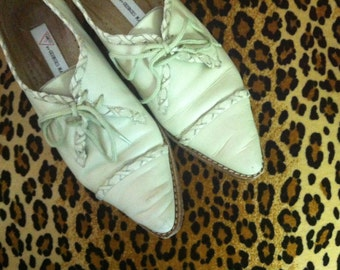 Vintage Womens Guess Western Leather Tan Oxford - Size 6.5