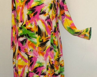 Coco and Juan Plus Size Lagenlook Print Slinky Angel Tunic Top Size 2 (fits 3X,4X)   Bust 60 inches