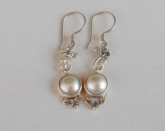 Awesome Sterling Silver white mabe Pearl dangle earrings / 2 inche long/ Bali handmade jewelry / silver 925