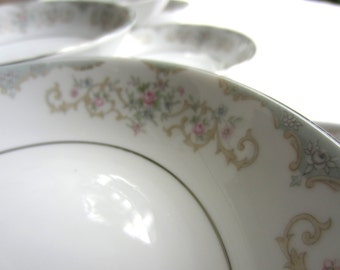 Vintage Berry Dessert Bowl Tudor Rose Royal M Yamaka Japan