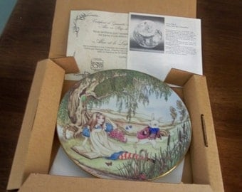 1981 Alice and wonderland plate