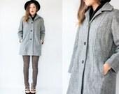 Vintage 80s Grey Herringbone Coat Wool Military Pea Coat / Winter Coat