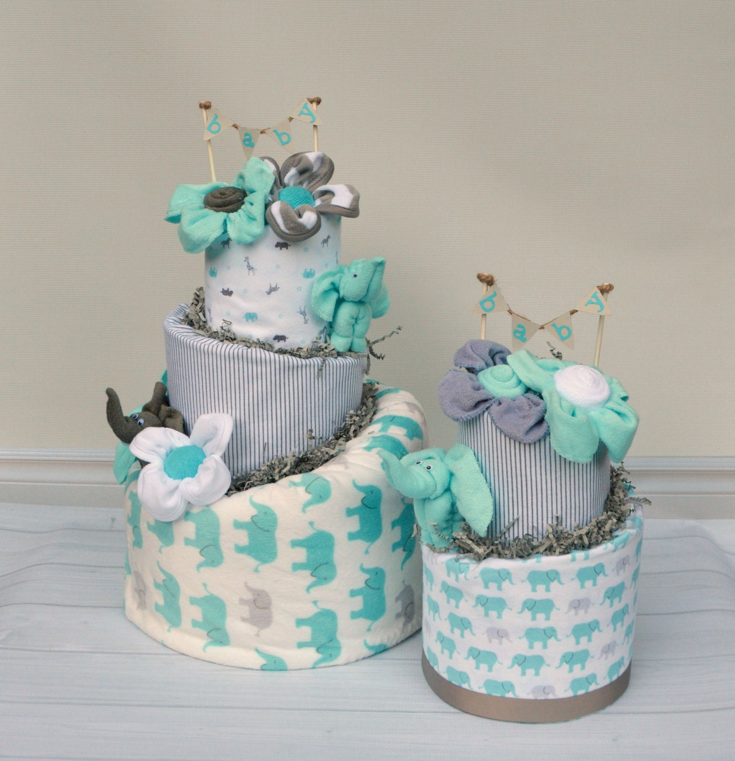 Elephant baby shower decorations elephant diaper cake for Baby boy cake decoration