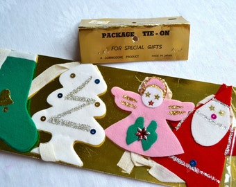 Vintage Christmas Gift Trims - Felt Tie Ons - New Old Stock Set of 4