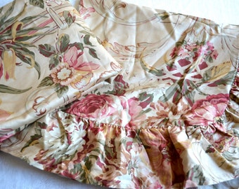 Ralph Lauren Pillow Shams - Guinevere Cottage Roses - Standard Size Pair