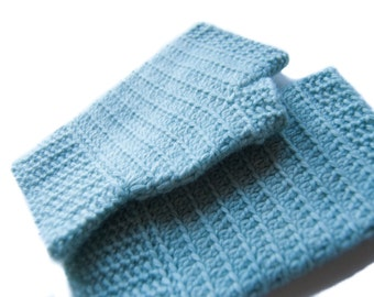 The Perfect Crochet Handwarmers Pattern // Instant PDF Download