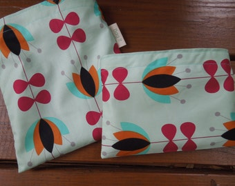ON SALE  *  Reusable sandwich and/or snack bag - reuse sandwich bag - Fabric reusable bags set - Reusable snack bag - Tulip vines