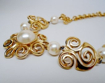 Joan Rivers Large Domed Glass Pearl Ornate Gold Swirled Art Nouveau Choker Victorian Retro Chic Art Deco Runway Statement Christmas Gift