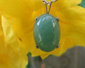 Classic Green Aventurine and Sterling Silver Necklace