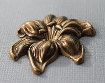Antique Art Nouveau Flower Jewelry Mold / Antique Flower Stamping / Jewelry Supplies