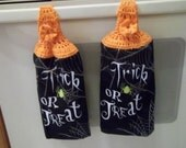 Halloween Kitchen Towel Topper