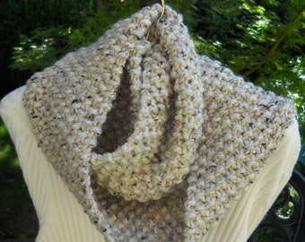 WINTER SALE--Infinity Circle Scarf, Hand Knit, Chunky Wool Blend Yarn,  Heather Oatmeal Color, Seed Stitch