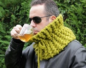 Knit Unisex Scarf Thick Chunky Cowl Unisex Pistachio Green Mohair Neck Warmer Outdoor Activity Fishing Hunting Warm Winter Neckwear Handmade