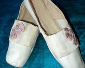 Antique Kidd Leather Early 19th C Shoes Early Ribbonwork 18th C Style Heel Great Condition Collectible Museum Quality