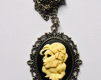 Girl cameo necklace
