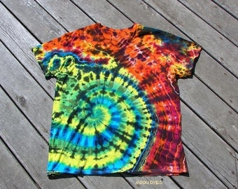 Tye Dye T-Shirt (Extra Large) Adult V-Neck Undershirt - Rainbow Swirlpool