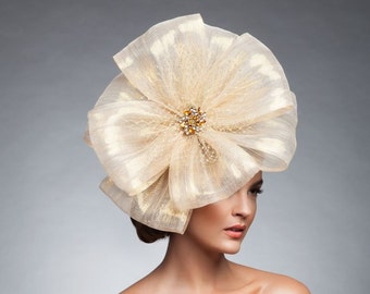 Gold/Champagne Silk headpiece, Gold facinator, Gold Derby Hat, Gold Melburne cup Hat, Couture hat, Gold headband.