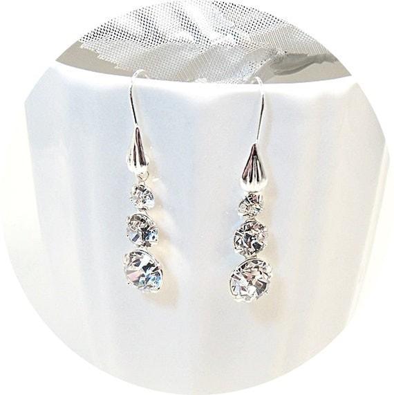 Bridal Jewelry, Rhinestone Earrings, 3 Stone Earrings, Wedding Jewelry, Wedding Accessories, Dangle Earrings, Drop Earrings, Sparkly