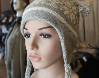 Alpaca Ear Flap Cap - Beautiful in Light Grey and Ivory