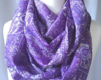Purple Paisley Pure Silk Sari Handmade Recycled Infinity Scarf - Eternity Scarf - Loop Scarf - Pure Silk Scarf - Boho Chic - Original gift