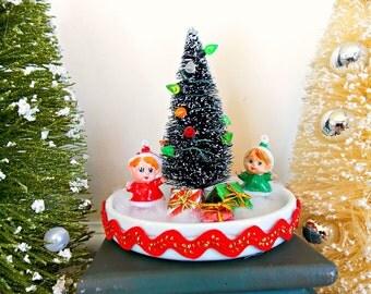 Elves, Girl Elves, Christmas, Holiday, Decor, Elf, Miniature, Tabletop, Retro, Christmas Decor, Diorama, Kitsch, Vintage, Diorama, Mantel