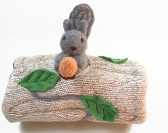 Waldorf toy, eco friendly toy, animal den, all natural toy, woodland toy, waldorf animal, stuffed animal,