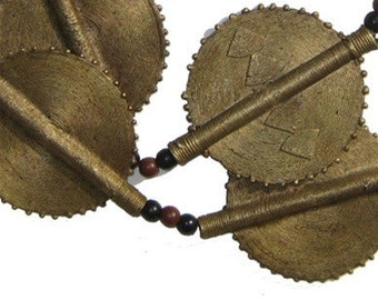 10 Ghana Baule Brass Beads - Sun Design - Trade Bead Necklace - African Necklace - Ethnic Jewelry - African Beads (BAUL-FLT-BRS-206)