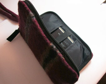 Smart phone wallet in plum felted wool