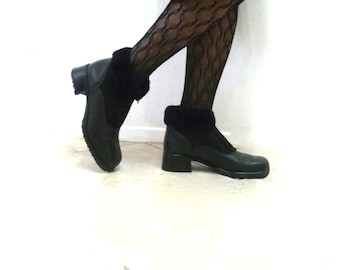 Vintage ankle boots Black leather Canadienne Shearling far Winter boots Women 9.5M