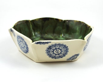 Six-Sided White and Green Pottery Serving Bowl with Blue Circles